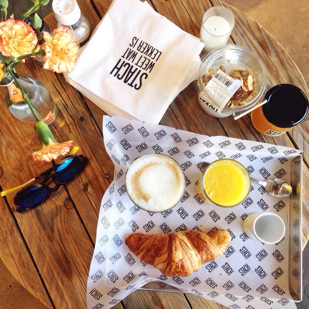 breakfast-at-stach-haarlemmerstraat-in-amsterdam